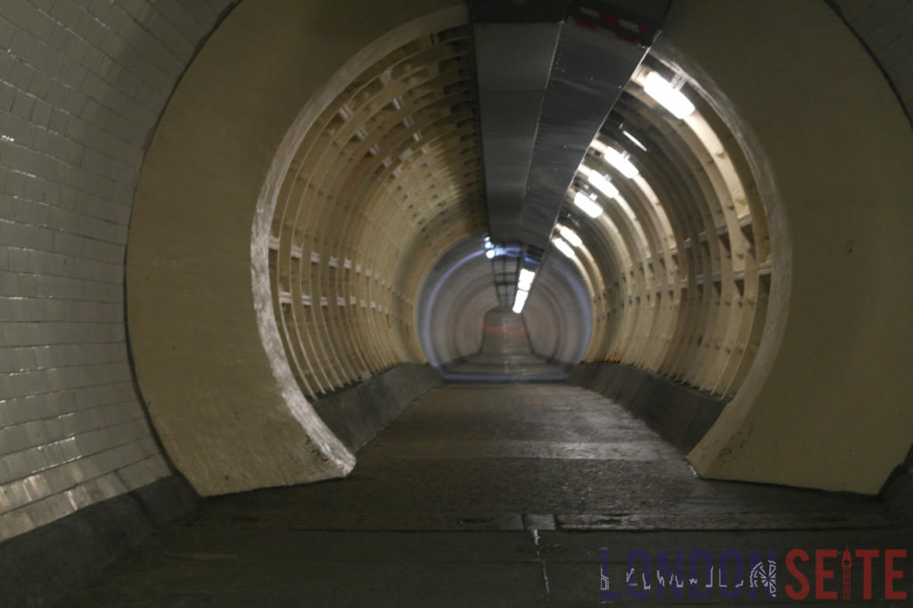 Foot Tunnel Panorama